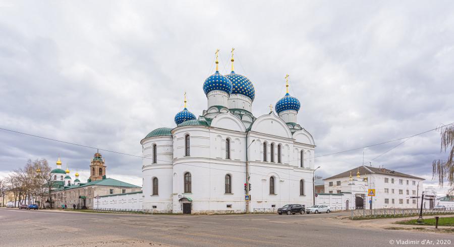 Богоявленский монастырь - 002.jpg