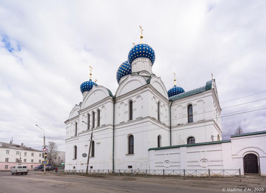 Богоявленский монастырь - 003.jpg