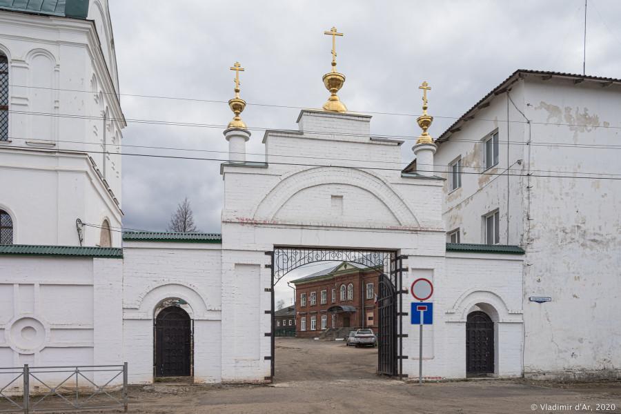 Богоявленский монастырь - 005.jpg