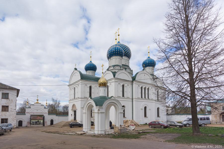 Богоявленский монастырь - 008.jpg