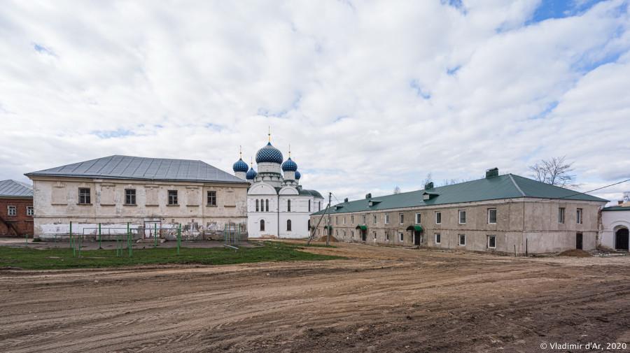 Богоявленский монастырь - 018.jpg