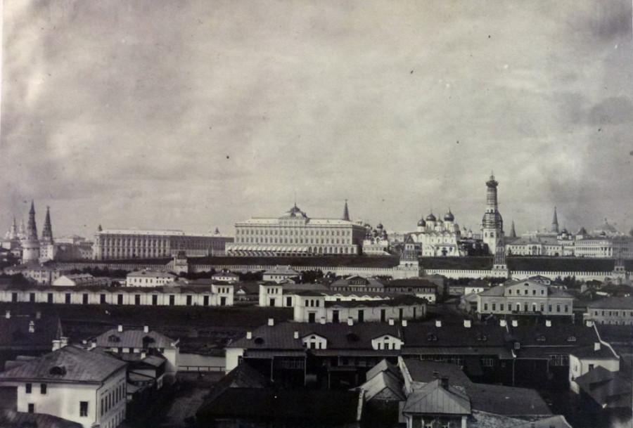 Вид на Кремль с колокольни - 1856.jpg