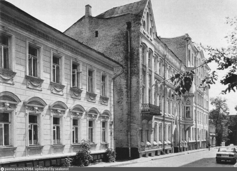 Дом с единорогов в Нащокинском переулке