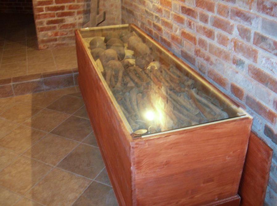 Усыпальница под храмом прп. Иову Почаевскому