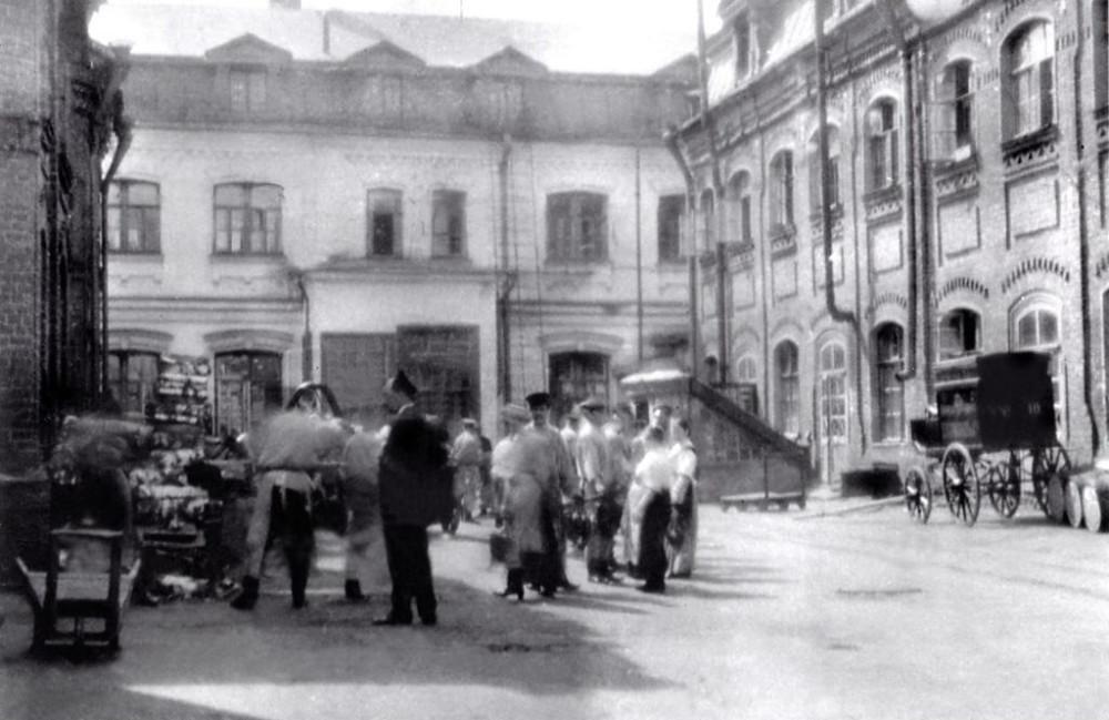 Фабрика Григорьева в Кадашах