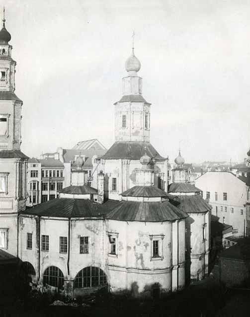 Церковь Воздвижения. Вид на храм с юго-запада в процессе разборки.jpg