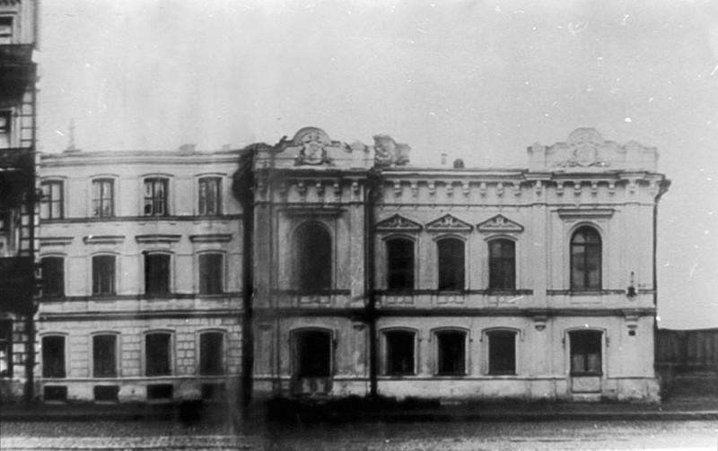 Дом Мастера на Пироговке, 35