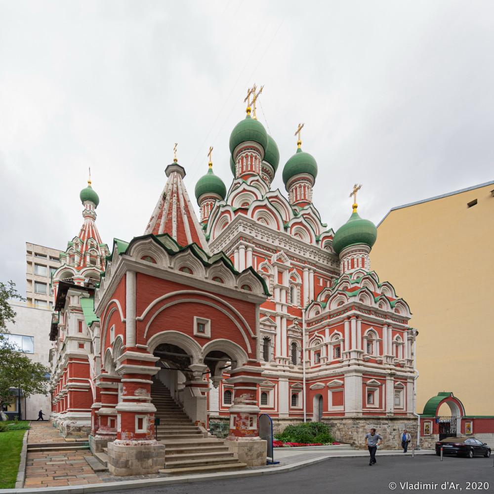 Церковь Троицы Живоначальной в Никитниках - 03.jpg