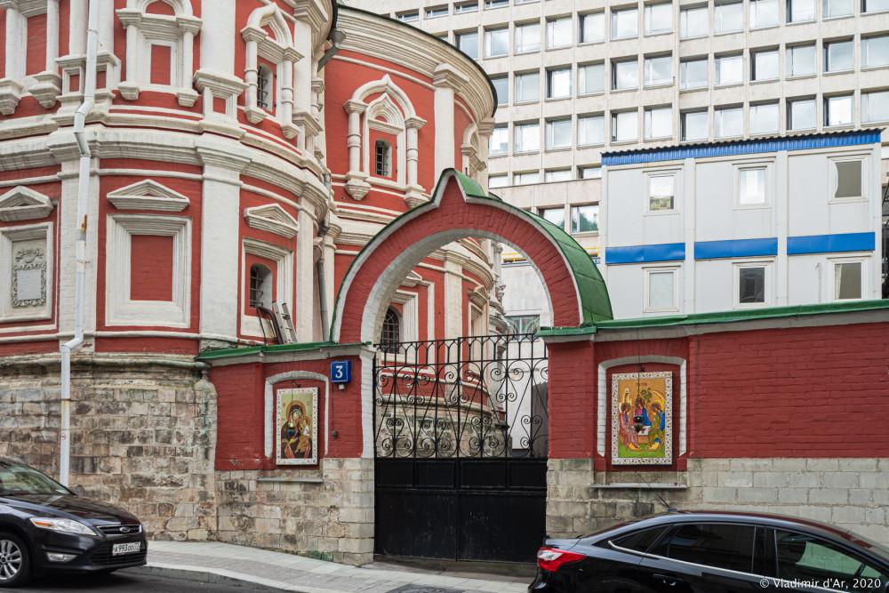 Церковь Троицы Живоначальной в Никитниках - 07.jpg
