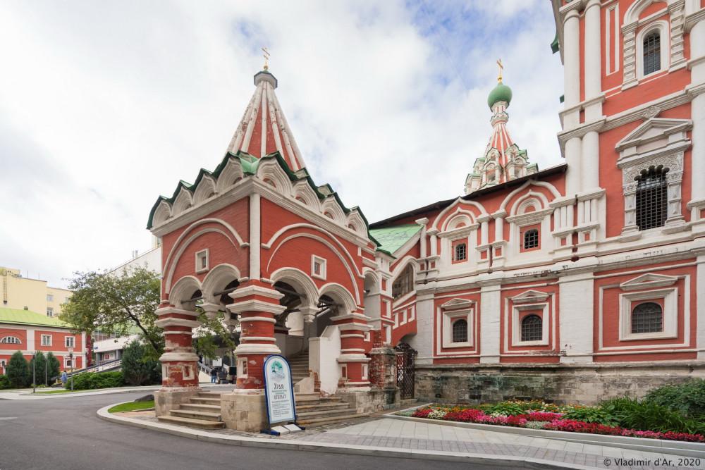 Церковь Троицы Живоначальной в Никитниках - 08.jpg