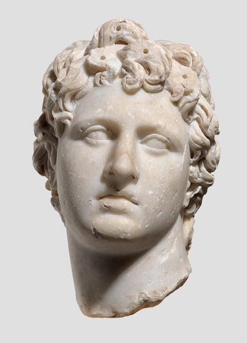 Скульптурное изображение головы юноши (тип Александр Великий). Вторая половина II в. н.э. Белый мрамор.