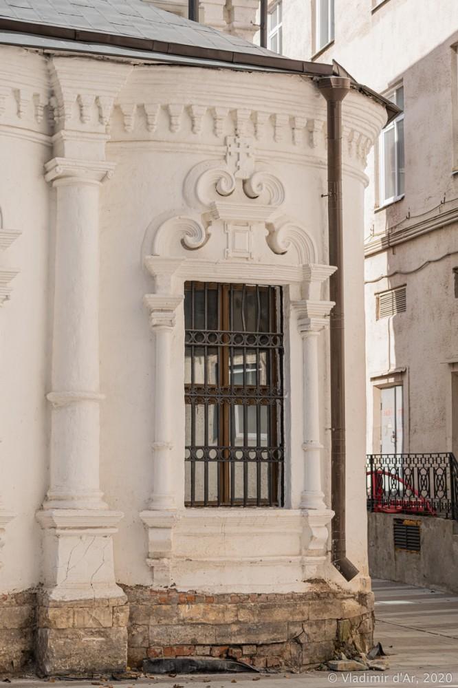 Церковь Архангела Михаила в Овчинниках 10.jpg