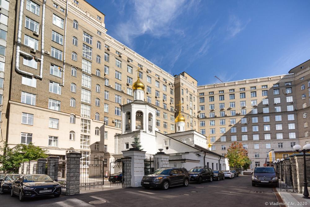 Церковь Архангела Михаила в Овчинниках 13.jpg