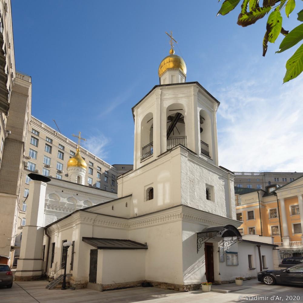 Церковь Архангела Михаила в Овчинниках 16.jpg