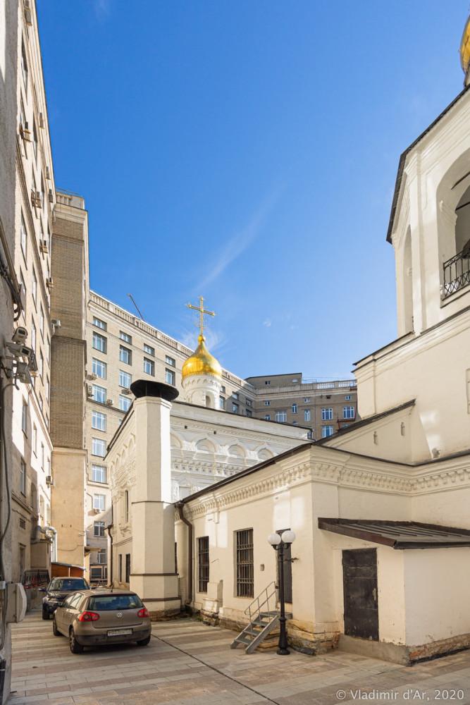 Церковь Архангела Михаила в Овчинниках 17.jpg