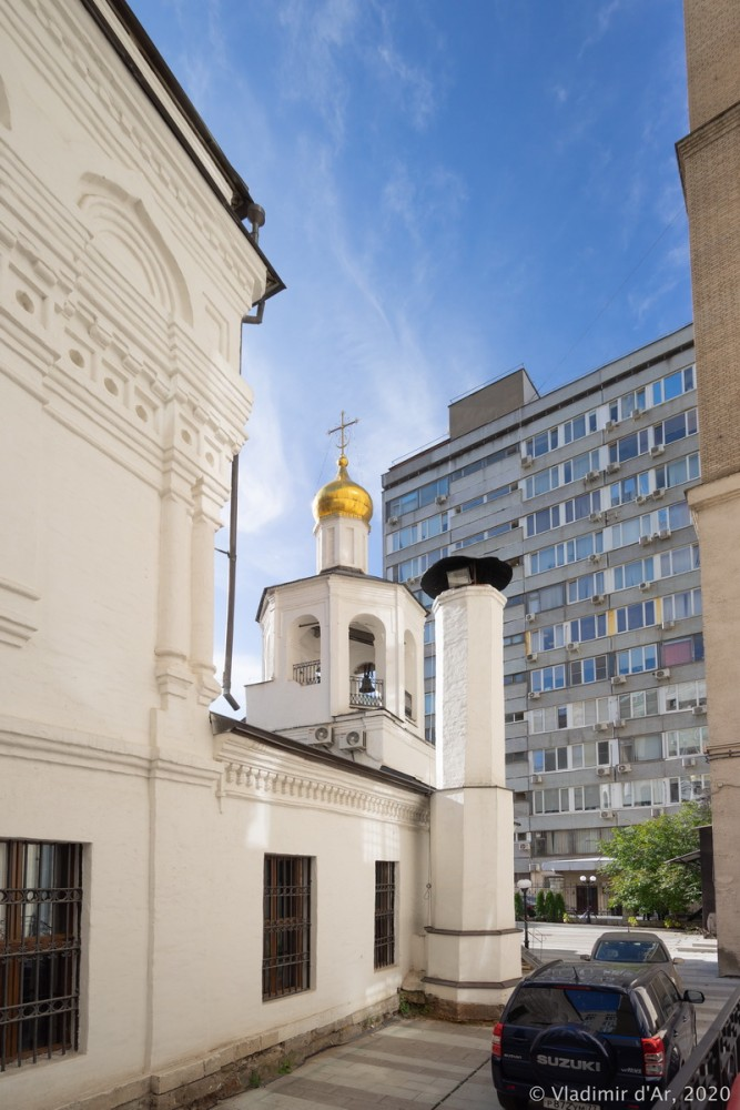 Церковь Архангела Михаила в Овчинниках 24.jpg