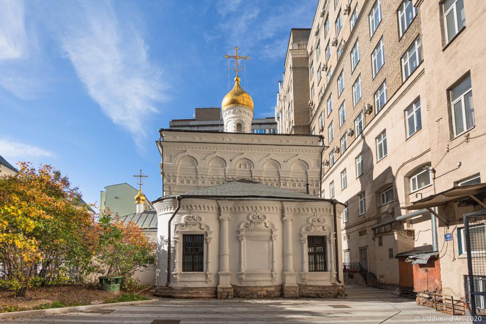 Церковь Архангела Михаила в Овчинниках 25.jpg