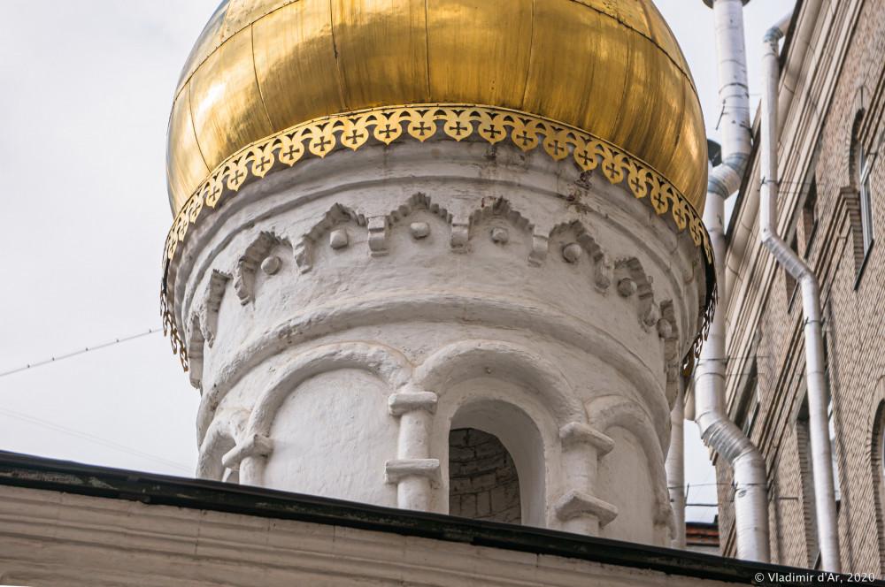 Церковь Архангела Михаила в Овчинниках 37.jpg