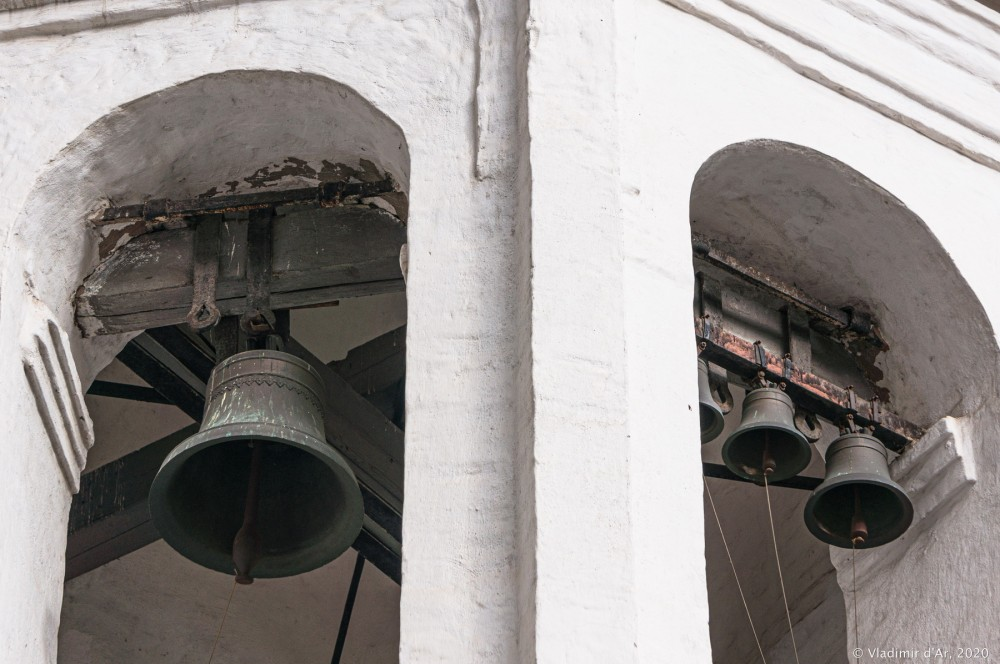 Церковь Архангела Михаила в Овчинниках 38.jpg