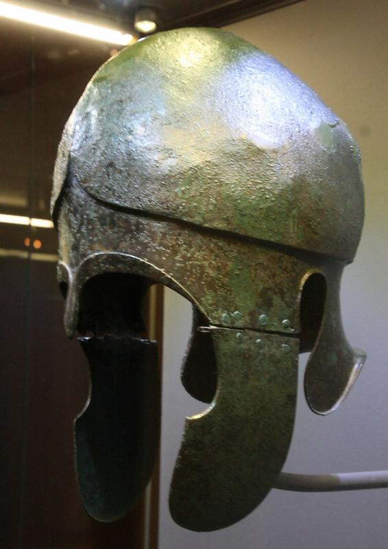 Шлем халкидского типа Вторая половина IV в. до н.э.