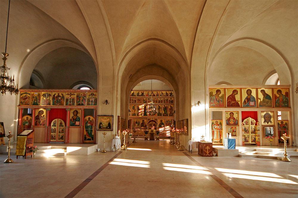 Храм Успения Богородицы в Казачьей слободе.jpg
