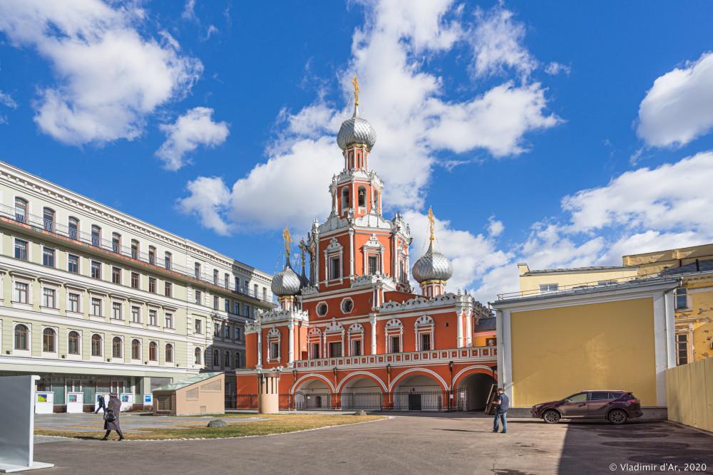 Знаменская церковь на Шереметевском дворе - 2.jpg