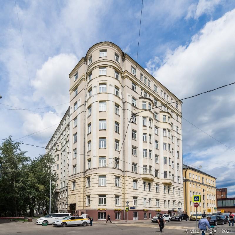 Доходный дом - М. Пироговская 16