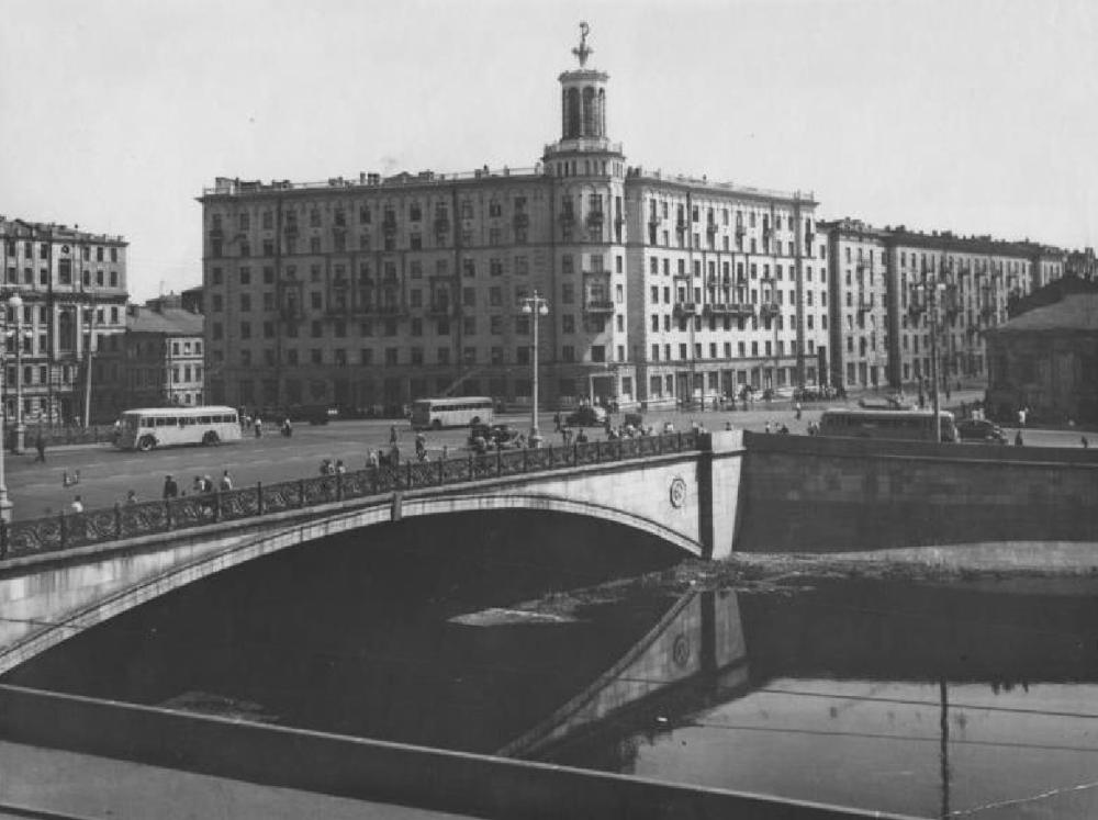 Малый Каменный мост - 1.png
