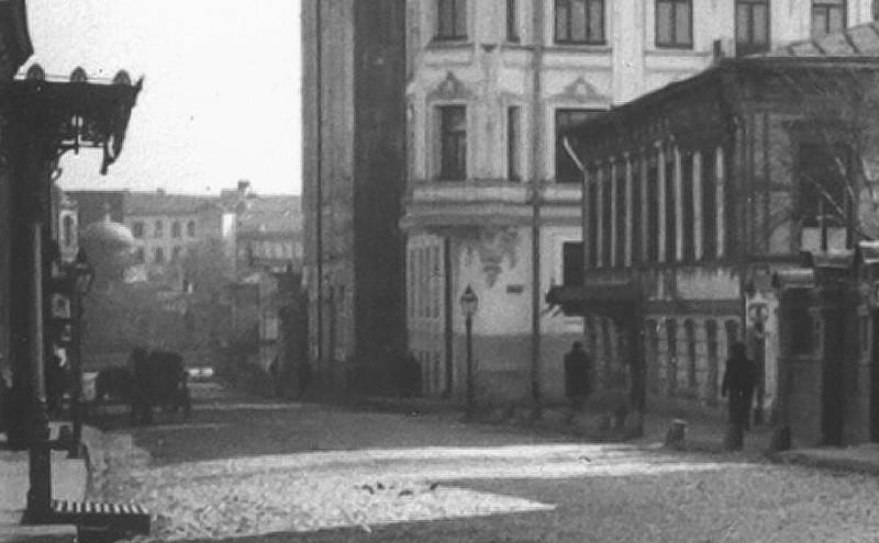 Угол - Сивцев вражек - Мал. Власьевский переулок