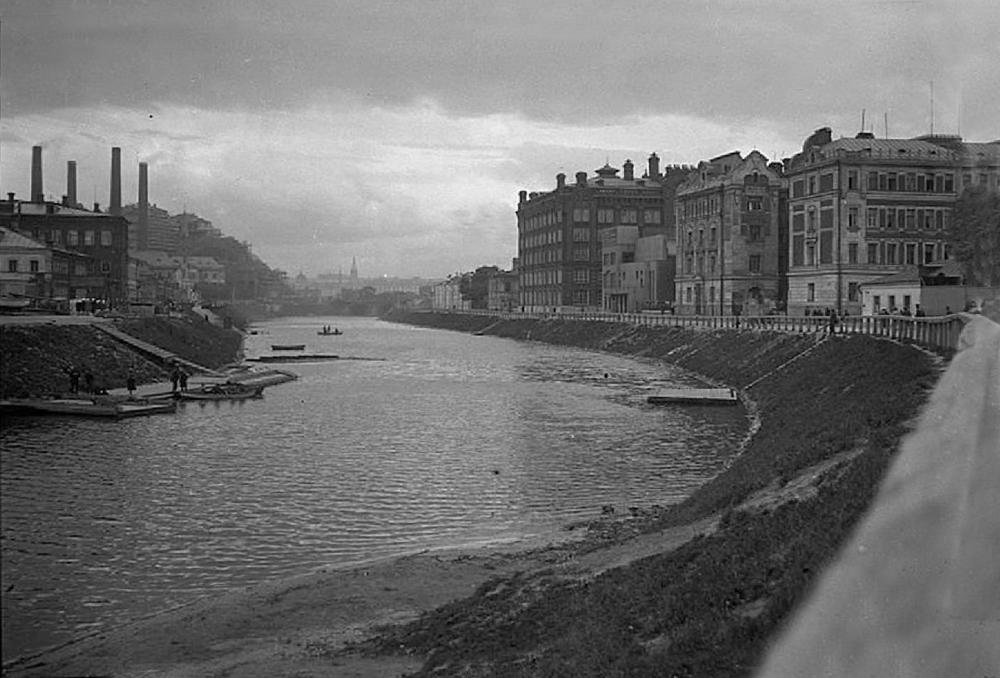 Водоотводной канал - 1920 год