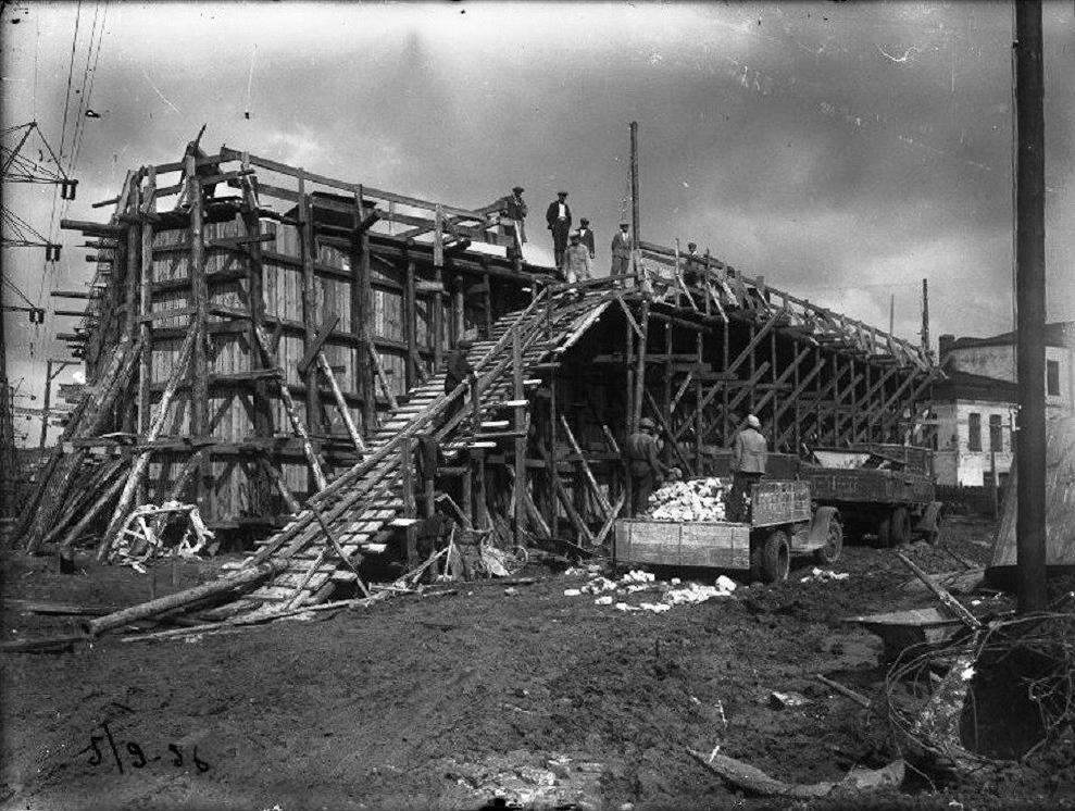 Строительство Большого Краснохолмского моста - 1936 год