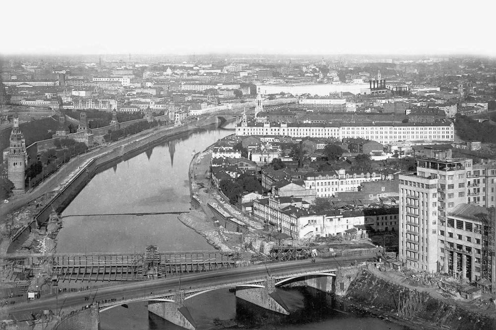 Вид Москвы с дирижабля Комсомольская правда - 1931 год.