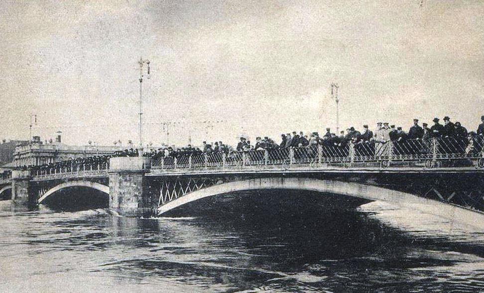 Московское наводнение 1908 года. Старый Каменный мост.