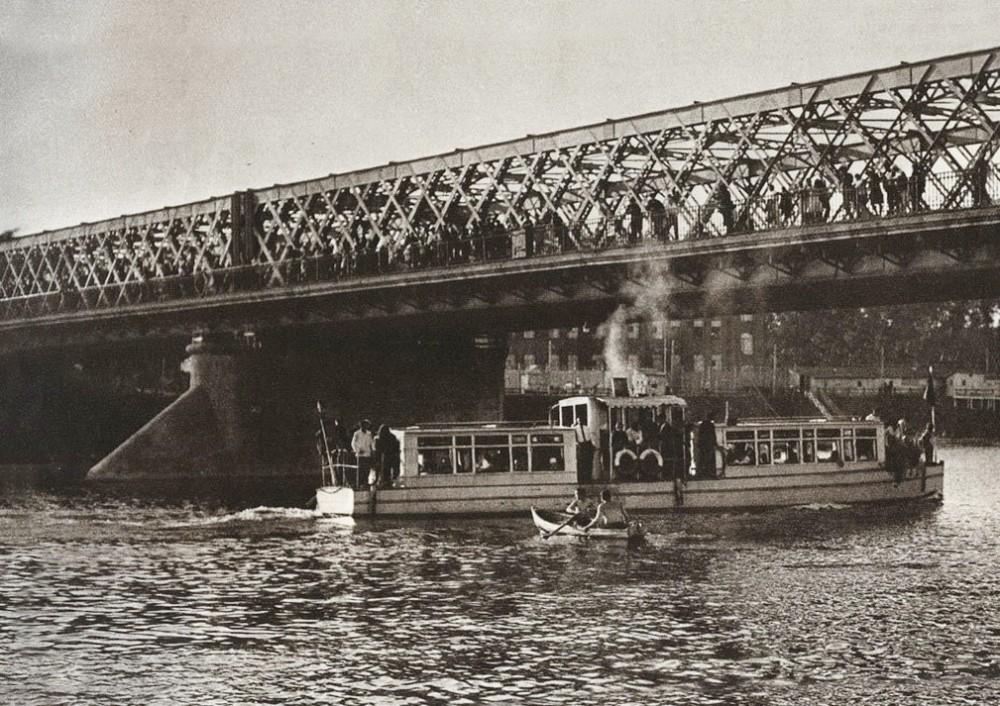 Крымский мост - 1930-1931.jpg