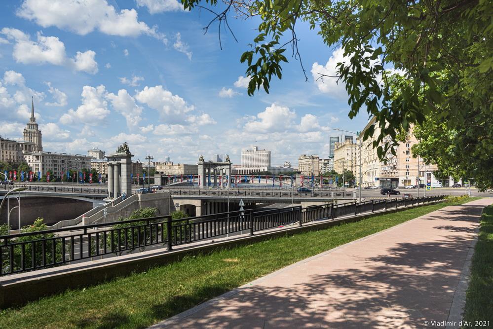36. Бородинский мост - вид со стороны Ростовской набережной