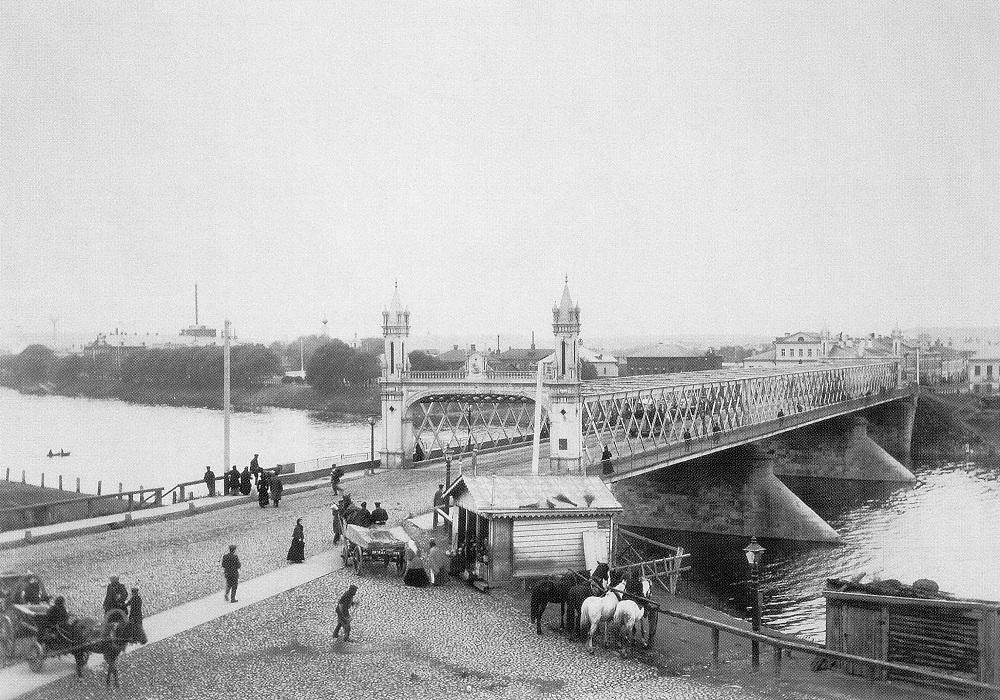 08. Бородинский мост. 1900-1904 годы. Вид с левого берега Москва-реки.