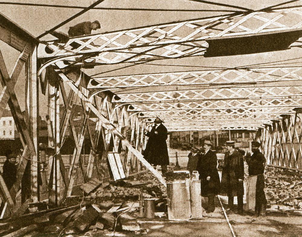 09. Разборка старого Бородинского моста. 1911 год.