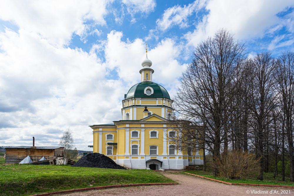 20. Церковь Михаила Архангела с восточной стороны