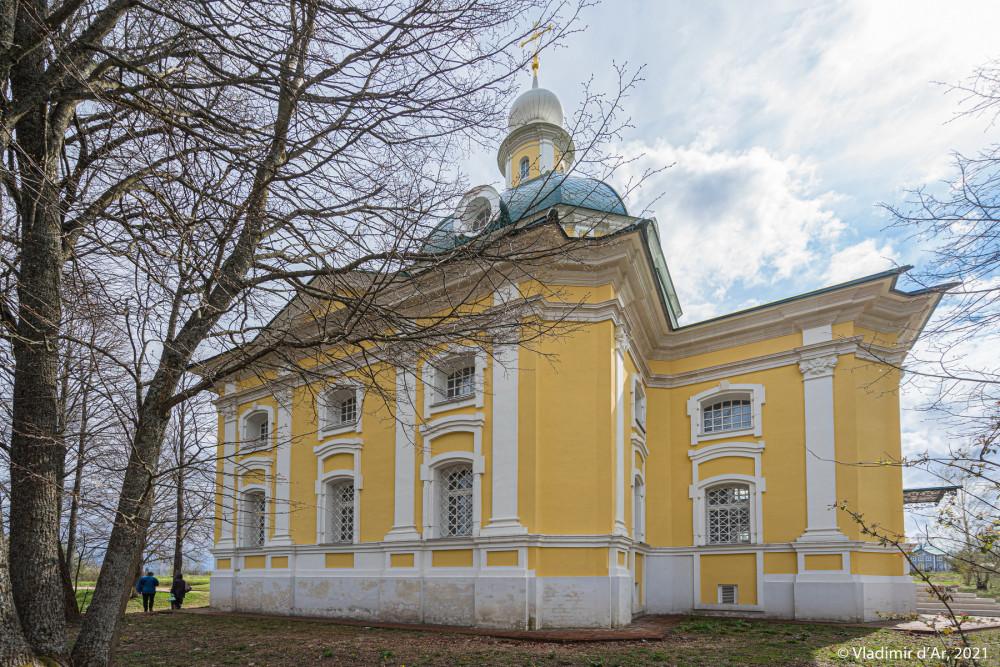 06. Церковь Михаила Архангела - вид с севера