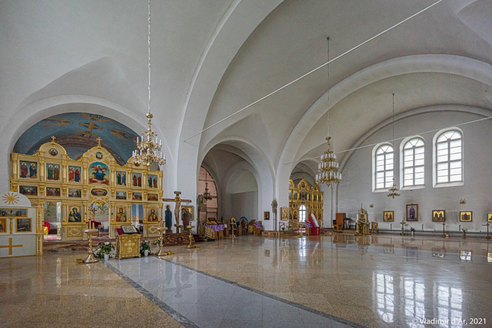 34. Интерьеры Никольского собора