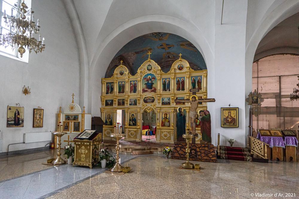 33. Интерьеры Никольского собора