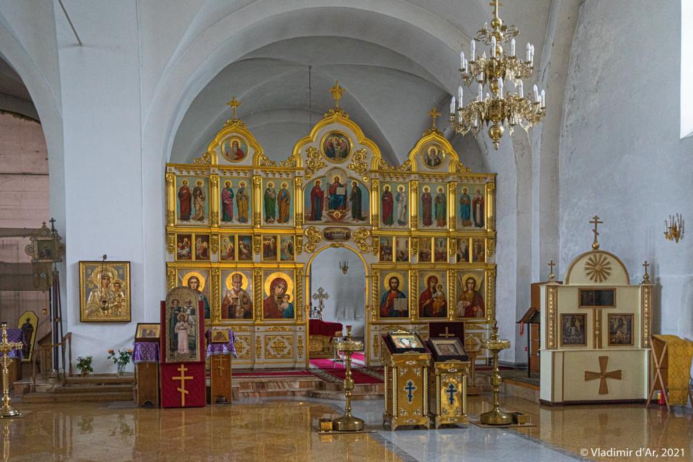 35. Интерьеры Никольского собора
