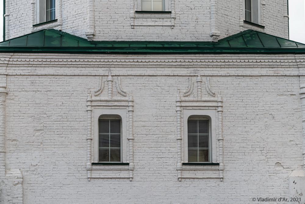10. Фасад четверика