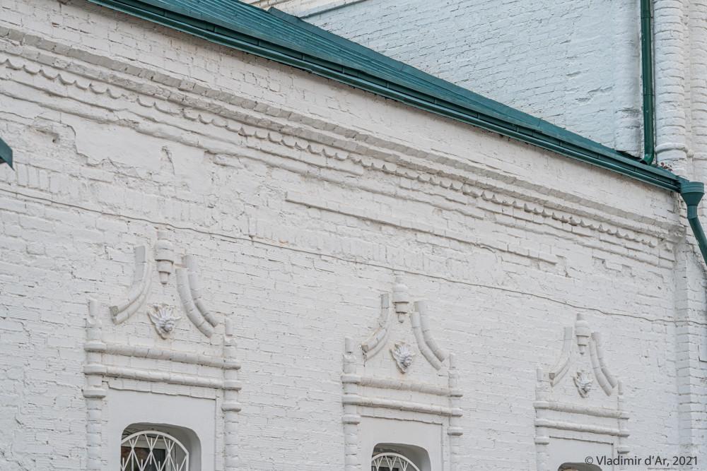 13. Фасад трапезной Воскресенской церкви