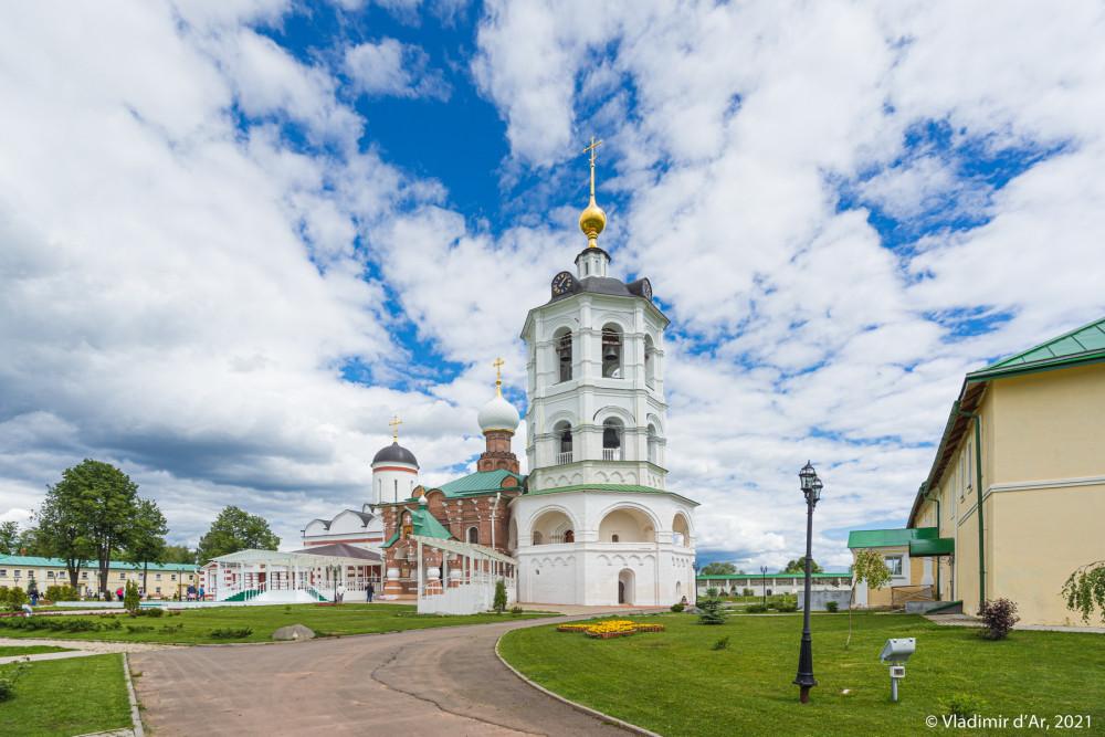 04. Николо-Пешношский монастырь. Колокольня.