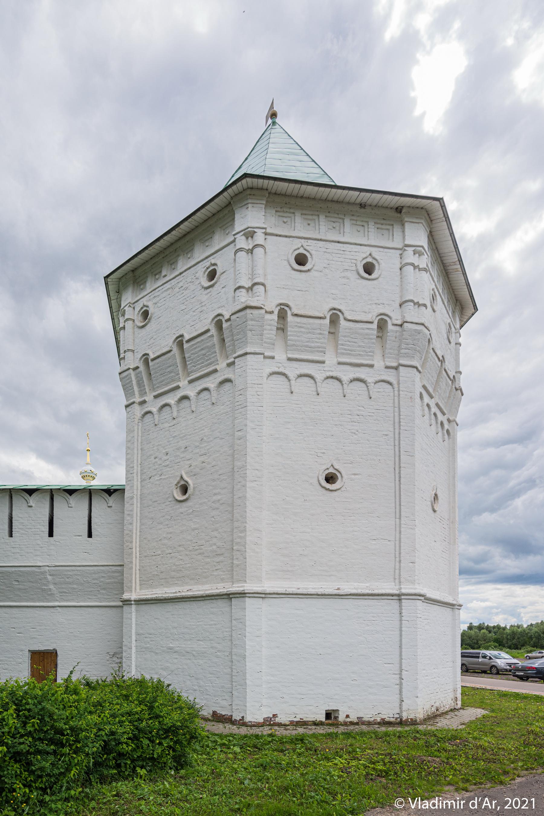 11. Северо-Западная дозорная башня - вид с северной стороны