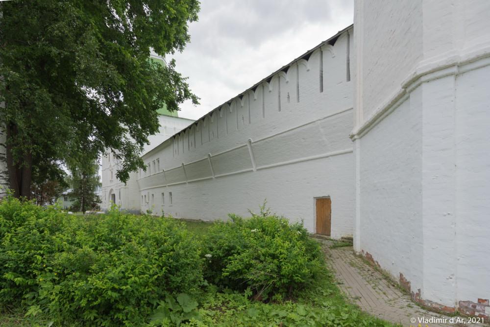 38. Северная крепостная стена