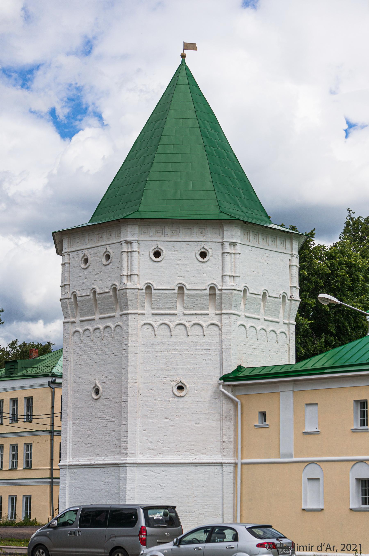 10. Северо-Западная дозорная башня (XVII-XVIII в.)