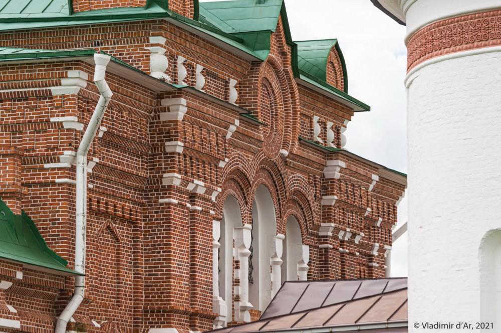 07. Северный фасад Сергиевской церкви
