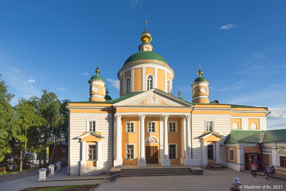 12. Покровский собор - северный фасад